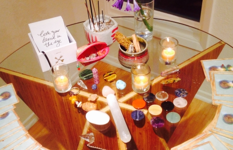 Truly-Living-Lisa-Rose-Reiki-Altar
