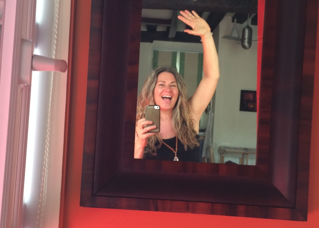 Happy on arrival at my private home exchange in Paris for a studio apartment.